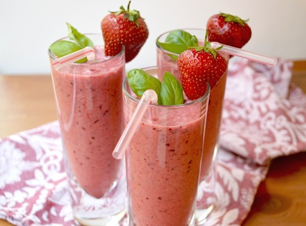 Cherry-Berry-Smoothie-1-web